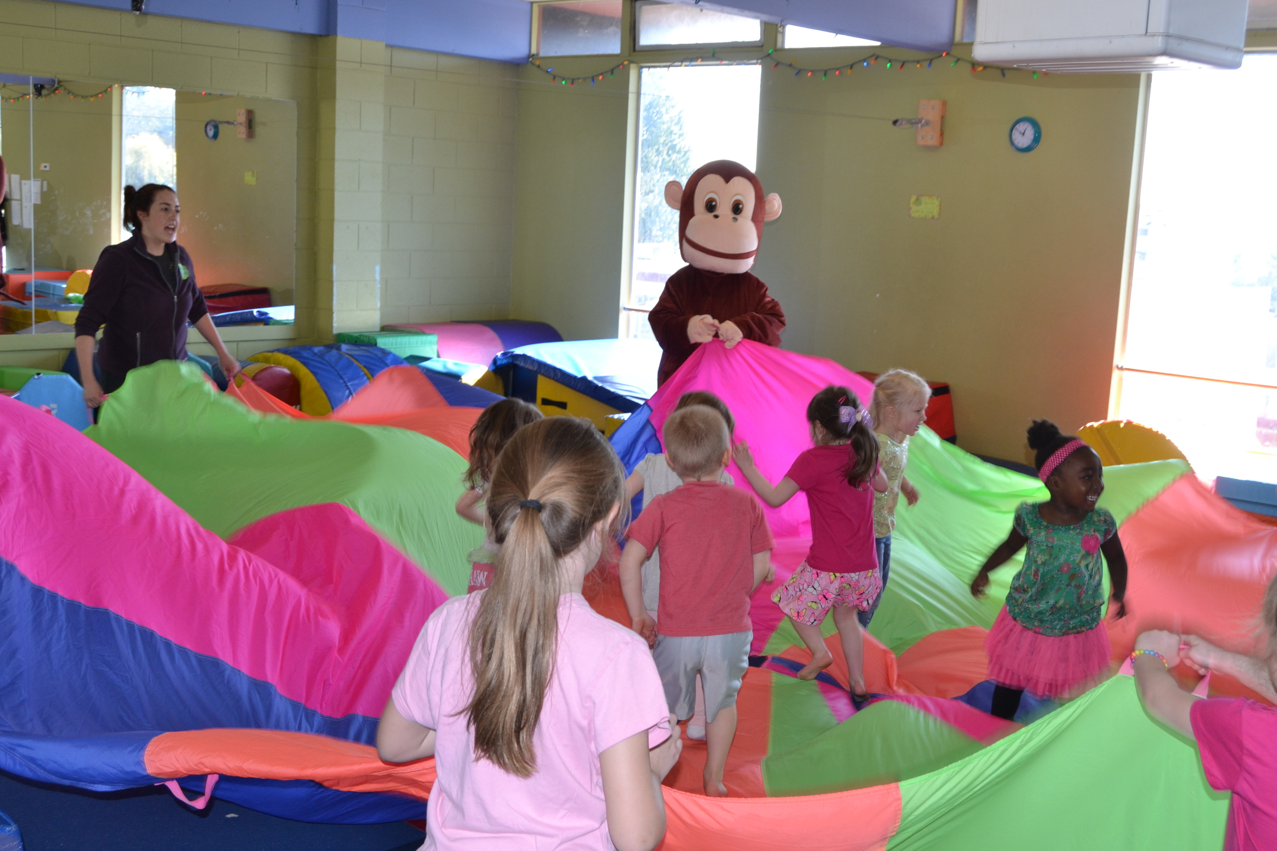 BONGO joins the party for some parachute fun.