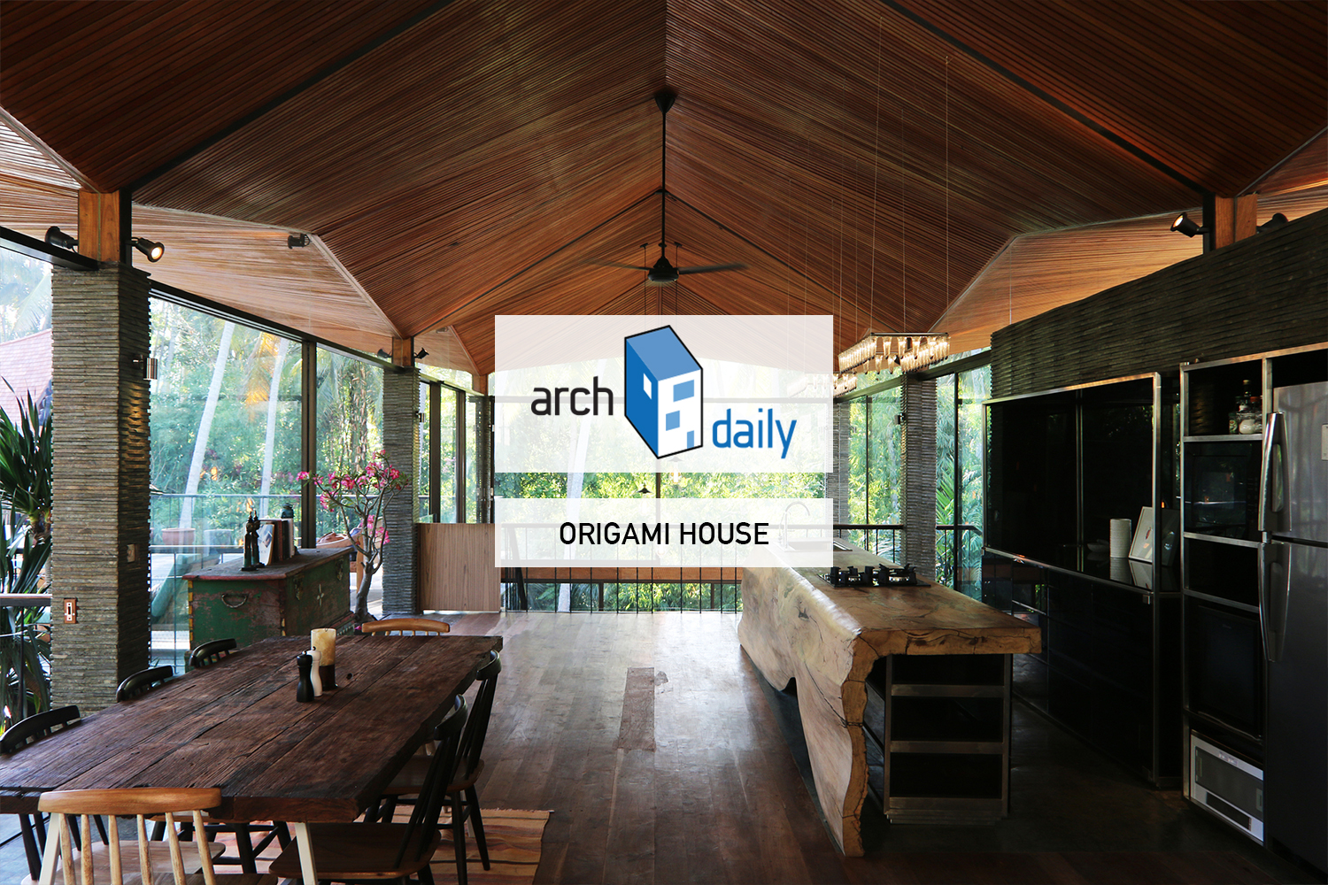 002-ARCHDAILY-ORIGAMI HOUSE.jpg