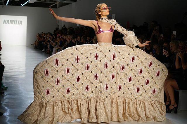 The final vulva dress. @_namilia_ @nyfw @nyfw_firststage @nyfwofficial 📷@jovannareyesphotography #nyfwss18 #nyfw #namilia #nyfw