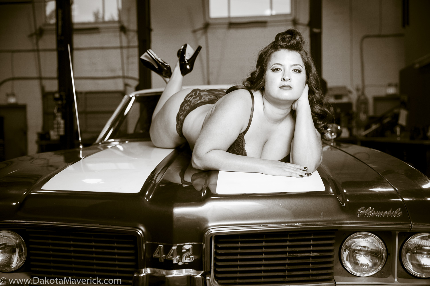 Vancouver Pinup Photographer - April (17 of 19).jpg