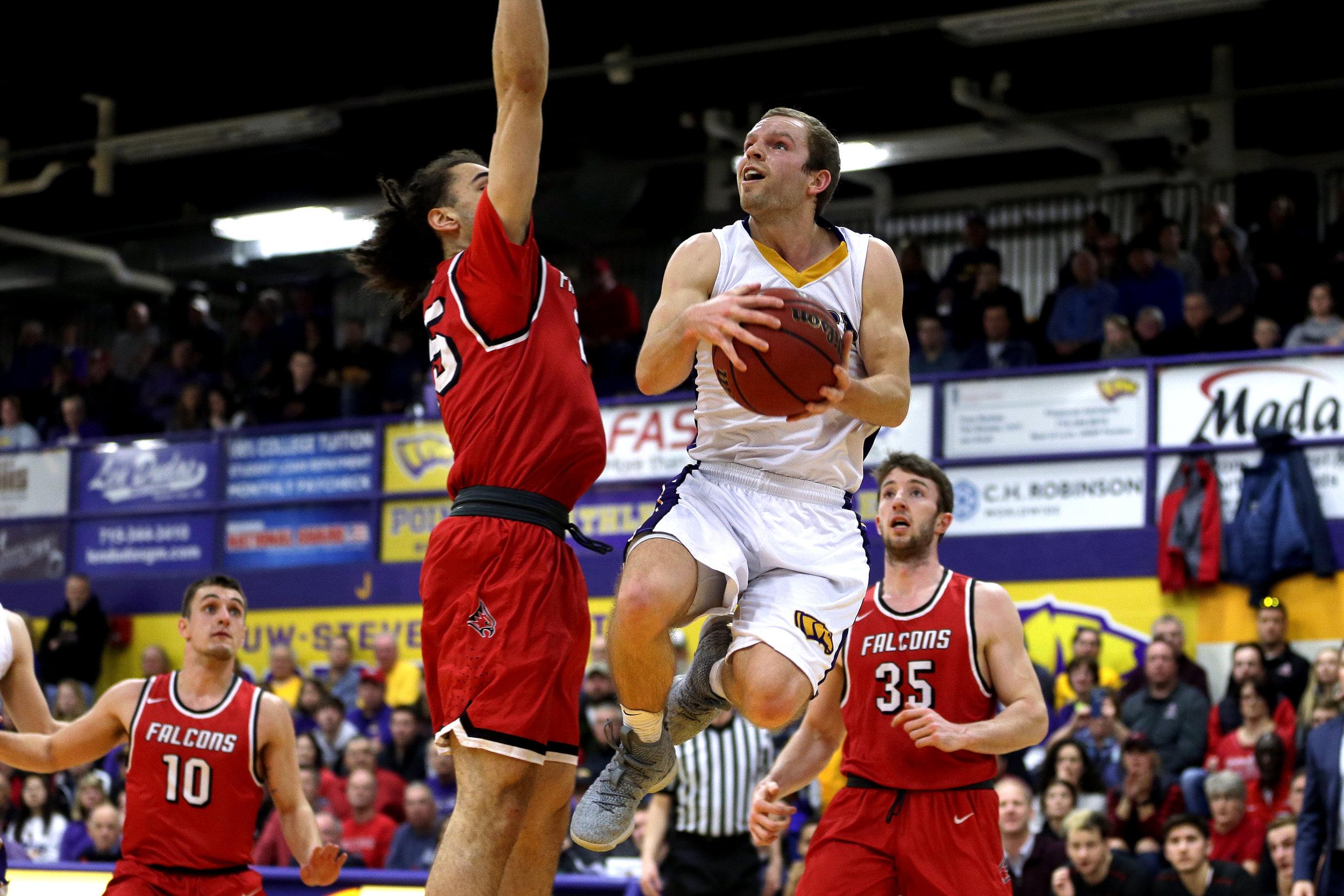 022518 UWSP Basketball 246A.jpg
