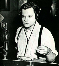 Orson Welles was 23 when his adaptation of  War of the Worlds  went live.