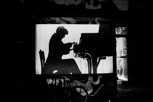 Glenn Gould at the Piano @156studioprojects #glenngould #toronto #nightmusic #analogphotography