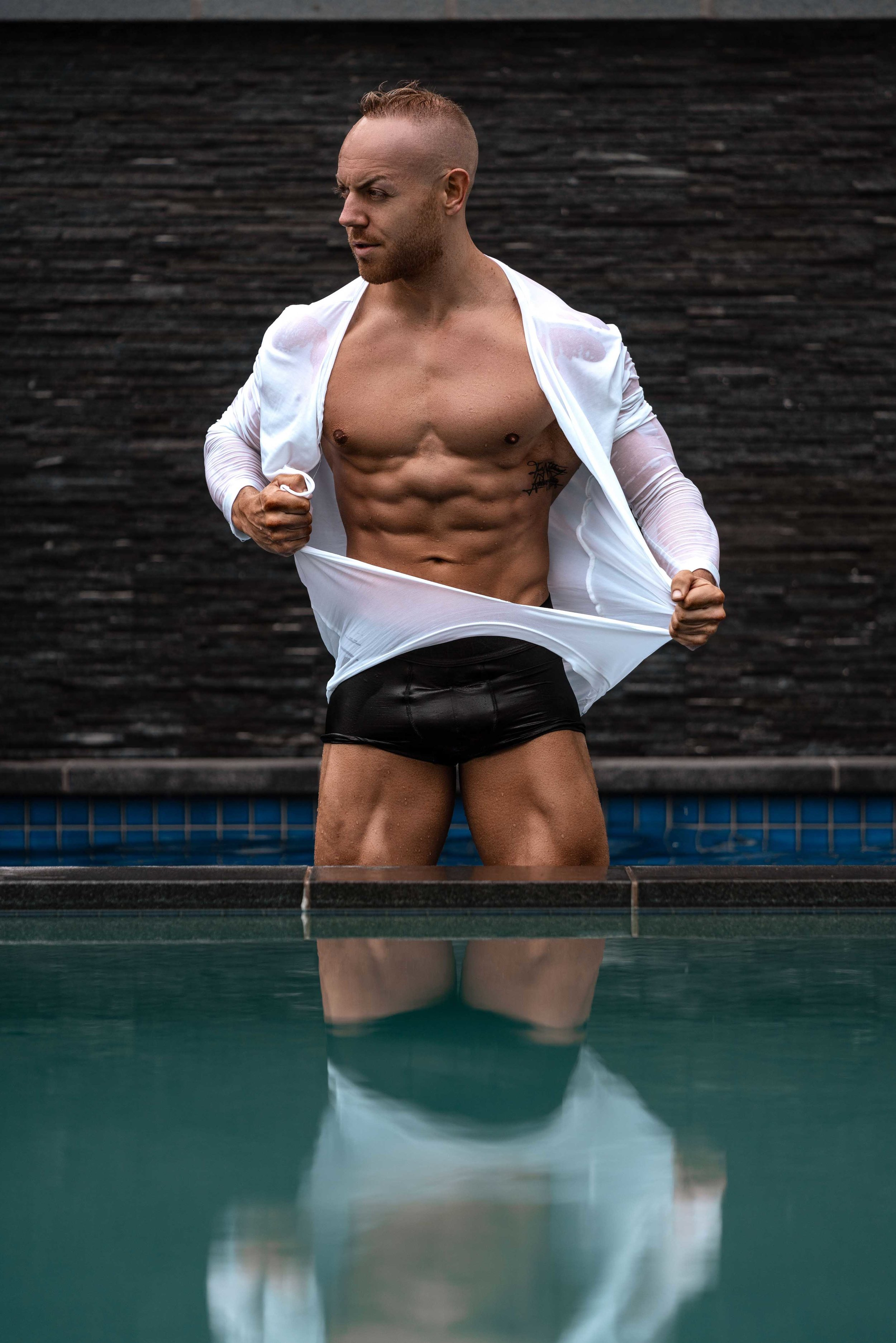 Hire a sexy australian hunk for your hens party