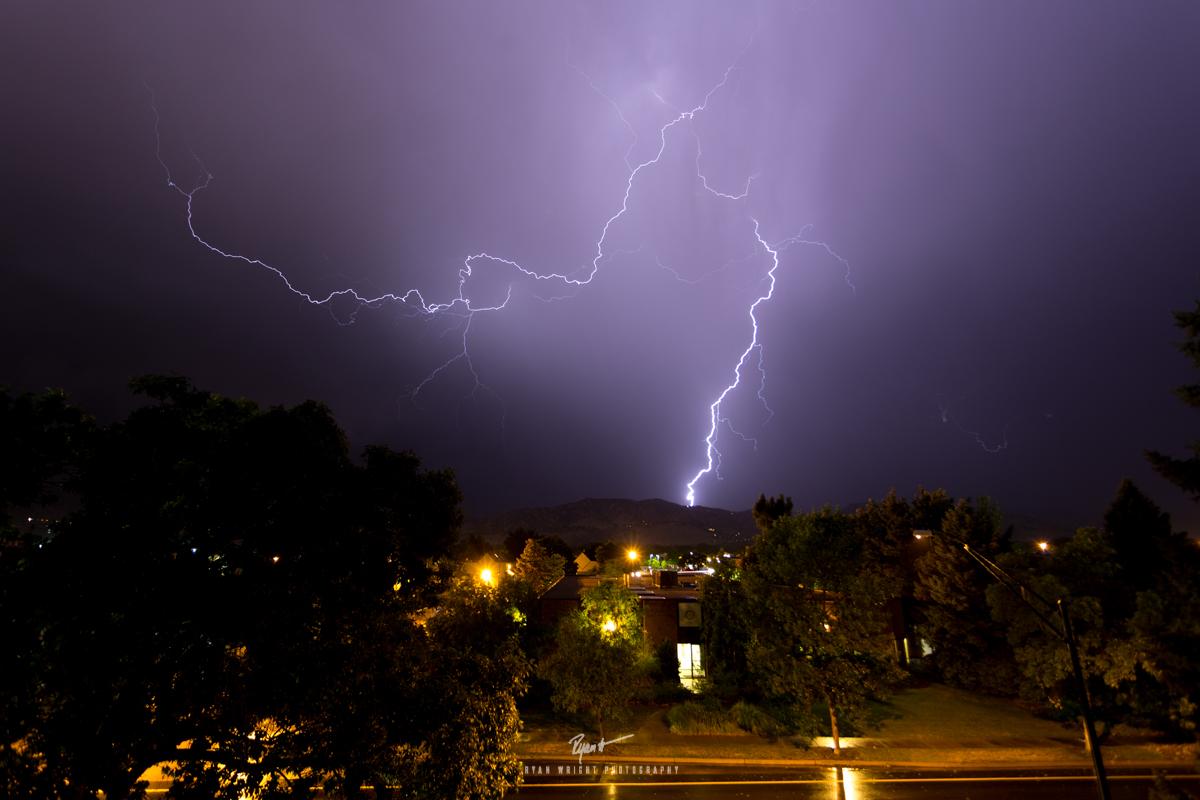 boulder-lightning-380.jpg