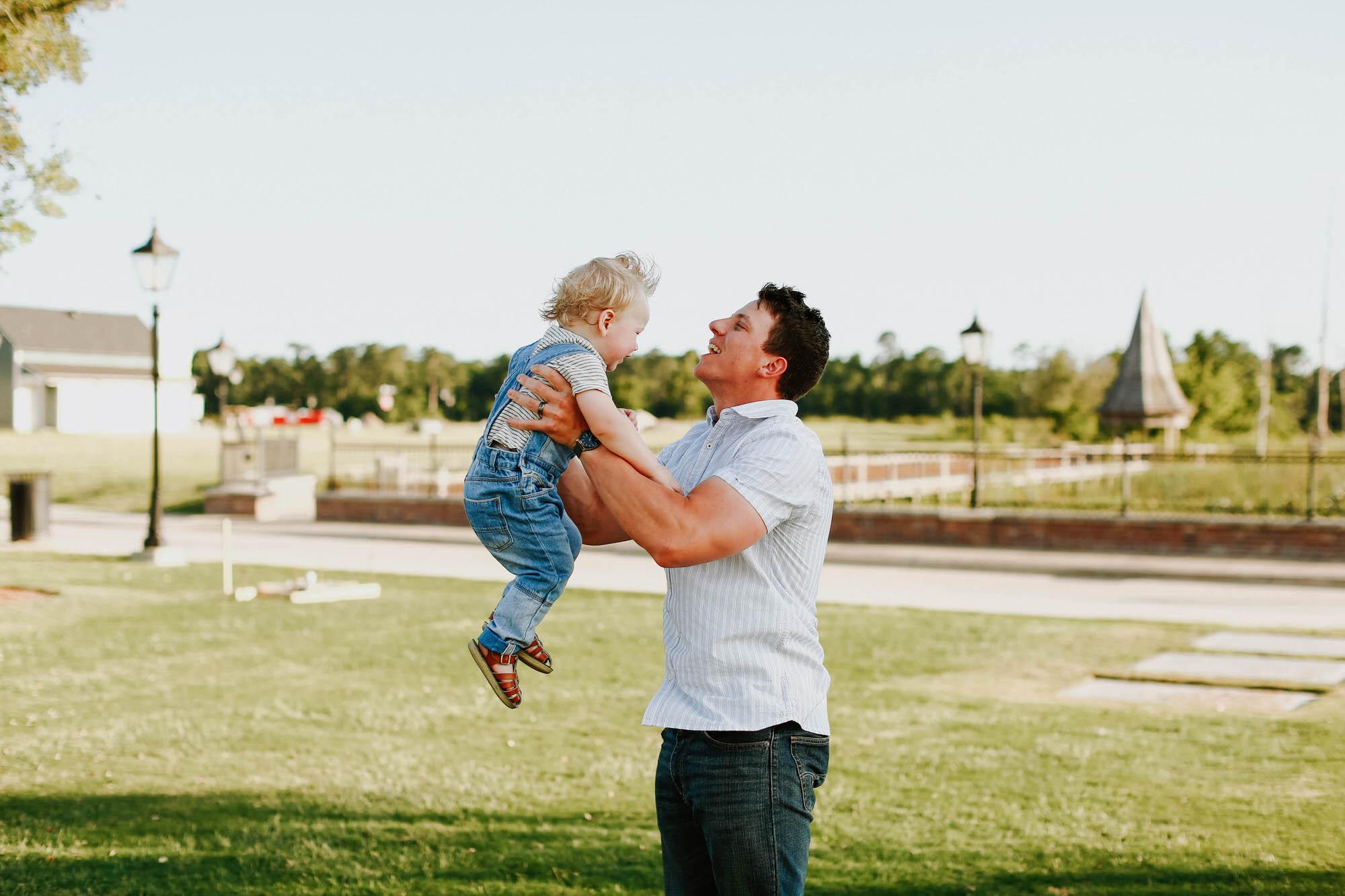 Lake-Charles-Walnut-Grove-Lifestyle-Family-Photographers