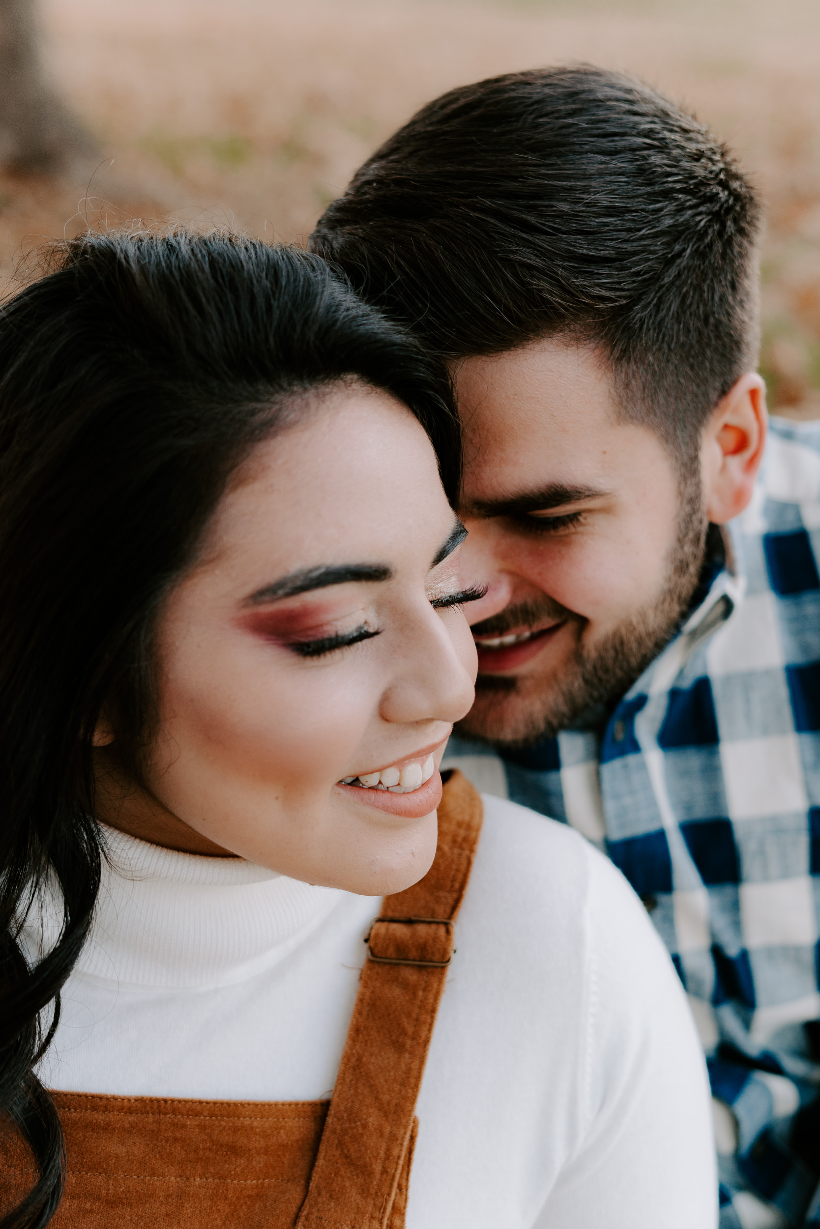Intimate-Lake-Charles-Engagement-Session