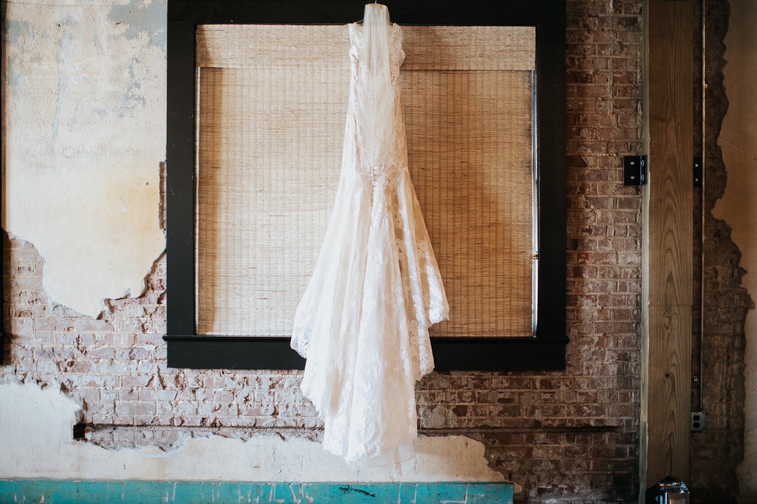 Mamselle | Historic Cash & Carry Wedding