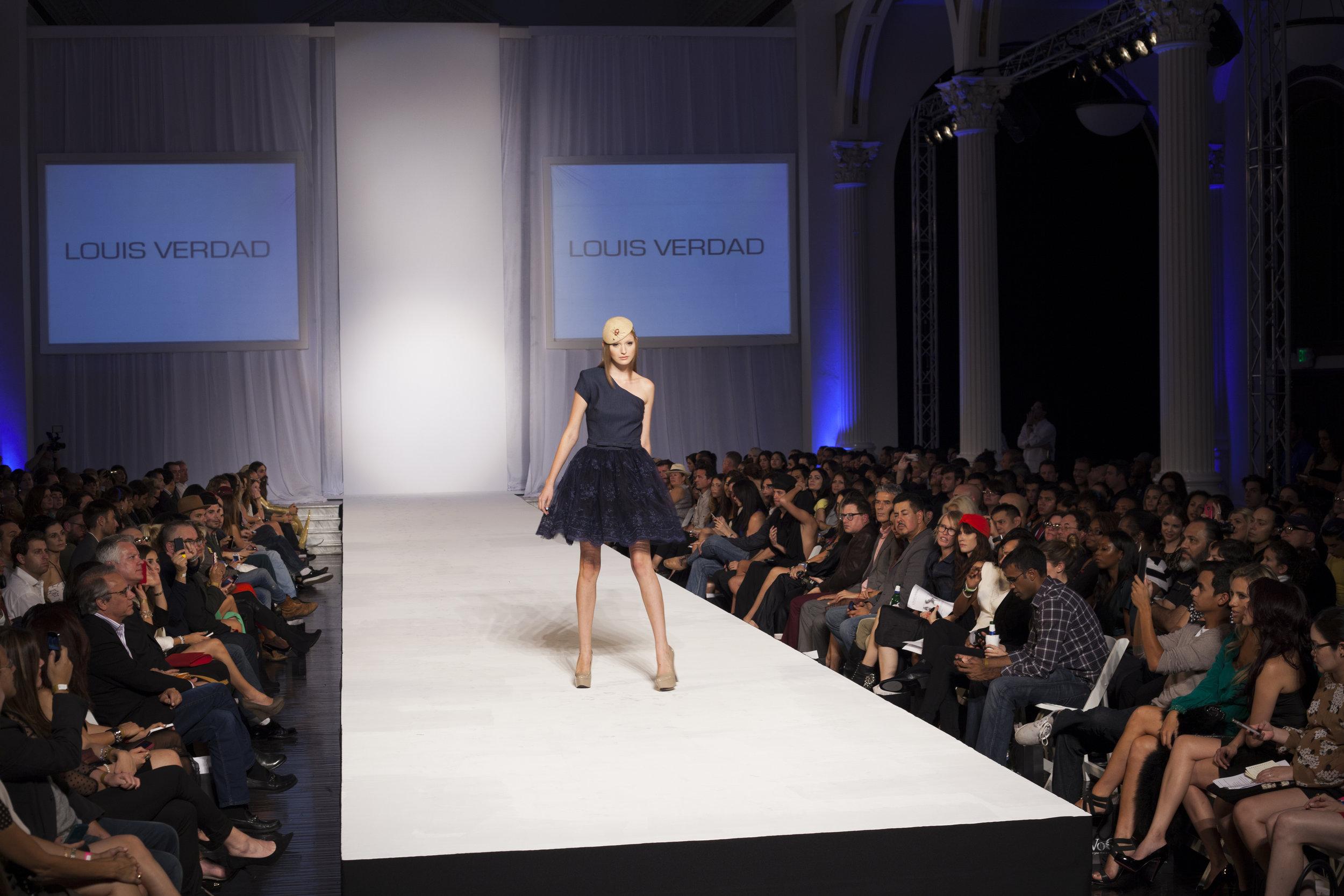 Style Fashion 319.jpg
