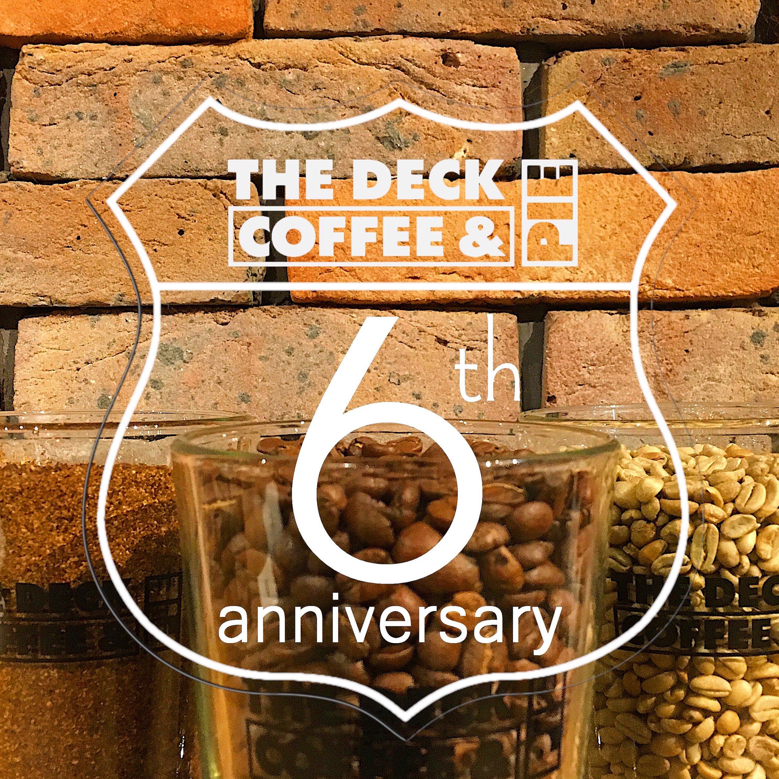 おかげさまでTHE DECK COFFEE & PIEが6周年を迎えますヽ(´▽`)/   皆々様へ、日頃の感謝を込めて特別企画をご用意させて頂きます♫     4/18(Thu)ALL50%OFF!!*1     4/20(Sat),21(Sun)Original Bag プレゼント!!*2 *1...商品により当日売り切れになる場合がございます。ご了承のほど宜しくお願い申し上げます。 *2...各日数量限定。お会計1組につきお1つとさせて頂きます。     年に1度の感謝祭!皆様のお越しをお待ちしております︎