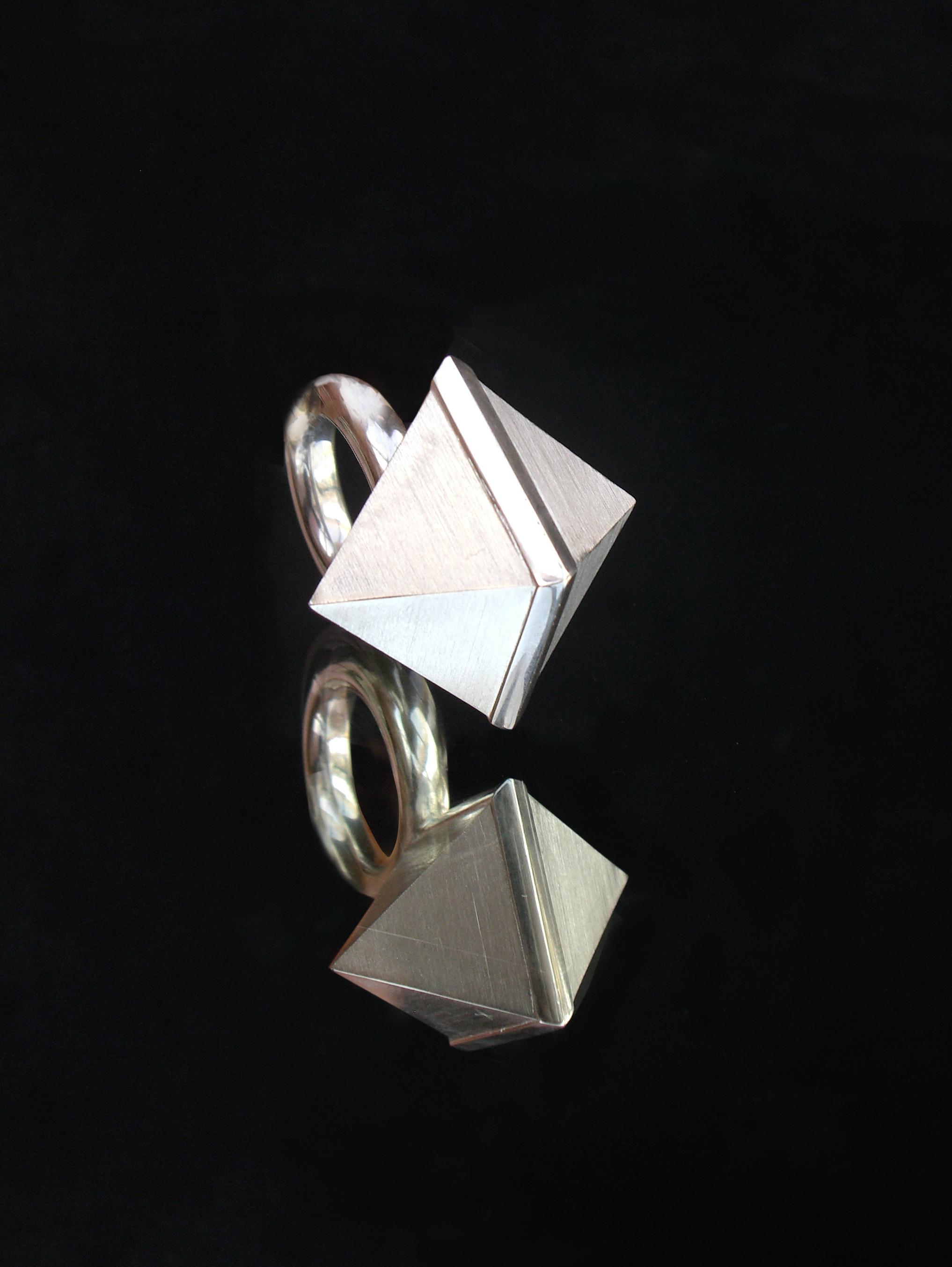 ID Edition Cuboid Crystal