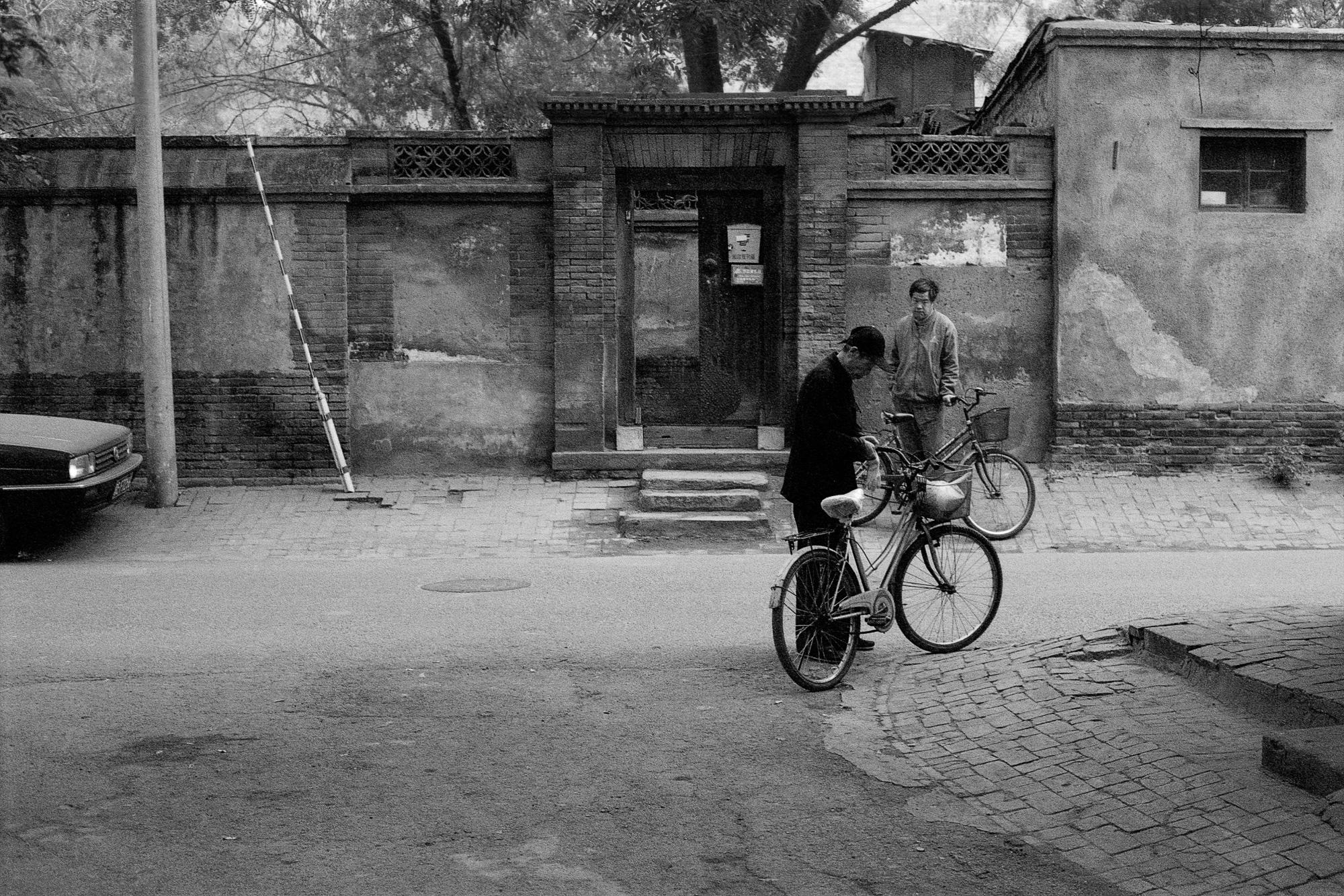 china_bike_12x8_06.jpg
