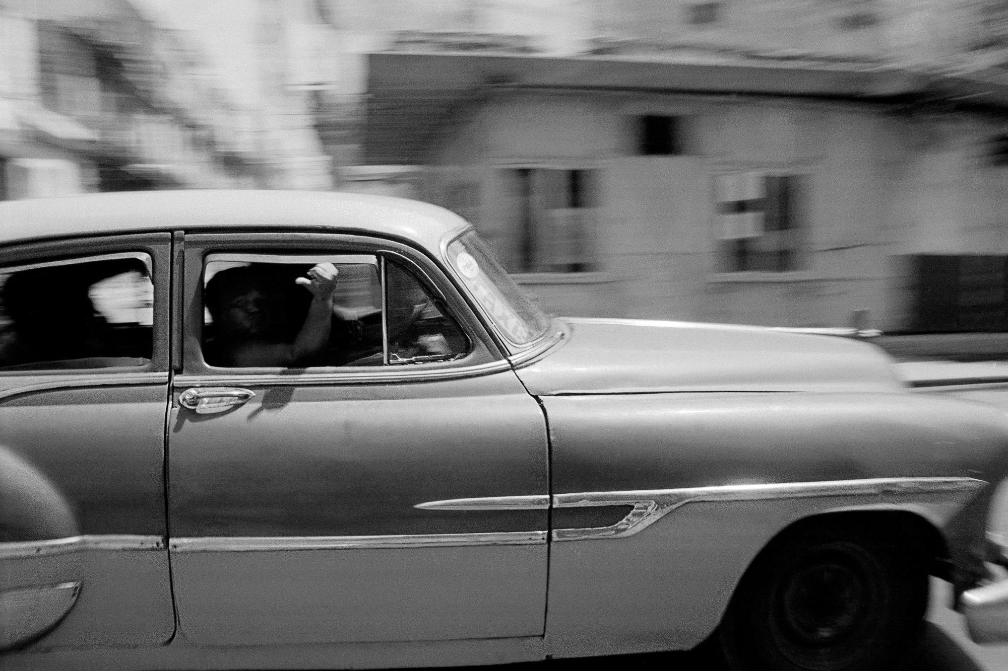 cuba_car_12x8_01.jpg