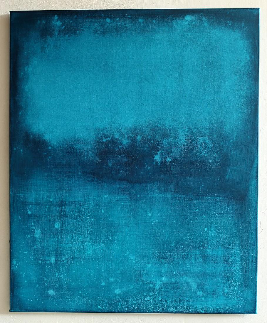 Floating Blue, 2015