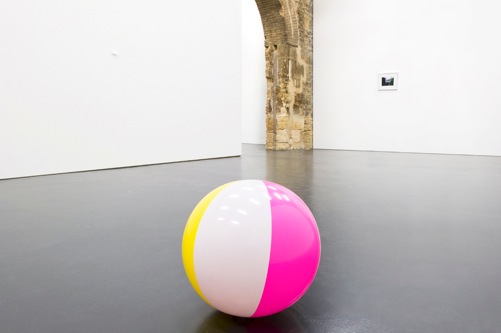 Beach ball filled with air from the lungs of a dying man, 2010