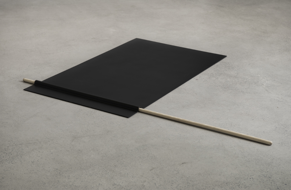 Black flag, 2012, wood, folded and painted iron, 3,5 x 150 x 200 cm