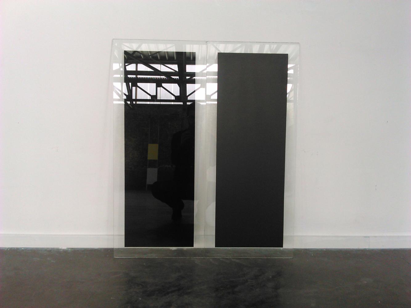 Intervalle, 2015, acrylic on glass, 97 x 82 x 12 cm