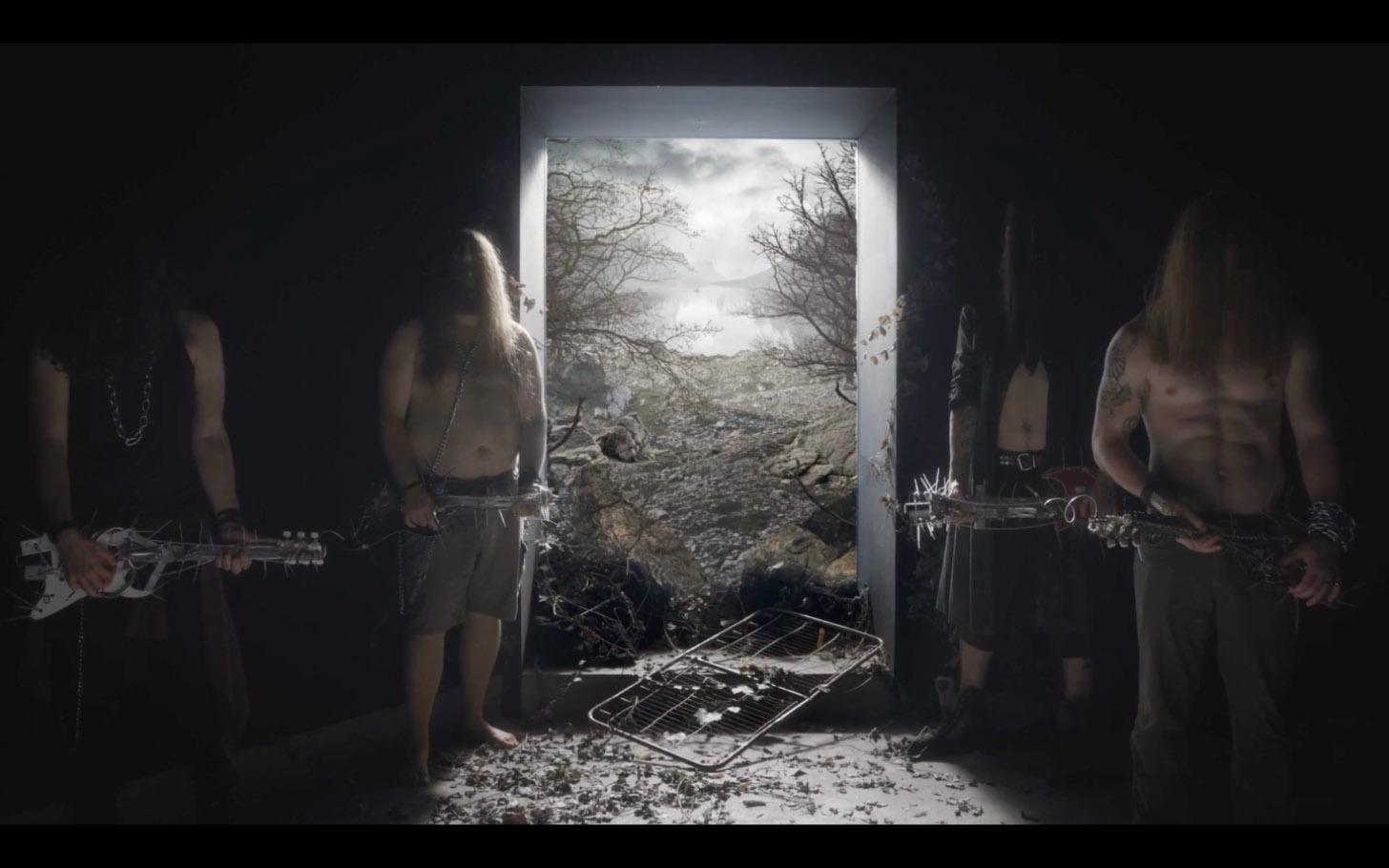 'Oubliette' Mathilde Fernandez video clip art direction (director Robin Knudsen)
