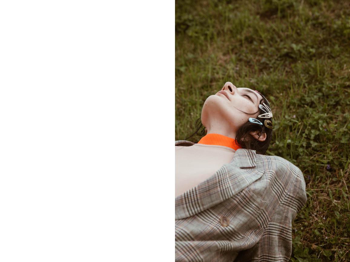 turtleneck   MARIOS   body   MRZ     blazer  VINTAGE  hairclips  STYLIST'S OWN