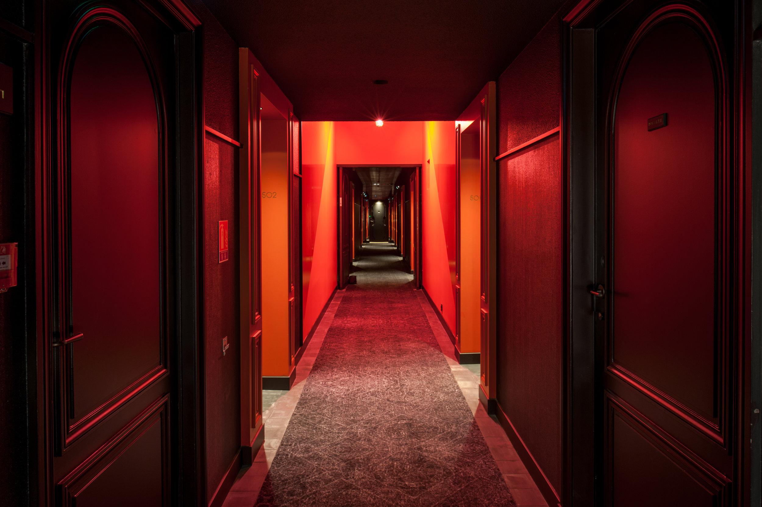 16 - Corridor.jpg