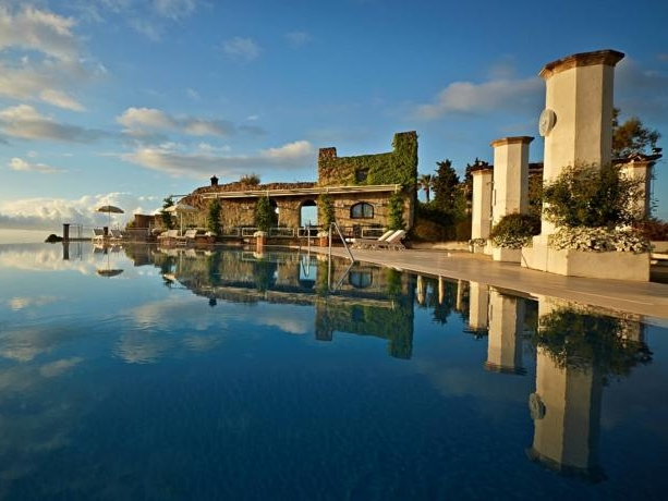 HOTEL PINELLA - A well-known 5* hotel in Ravello with a breathtaking infinity pool and sea views to match.Read More...