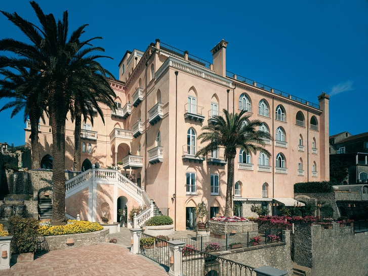 HOTEL EMANUELA - A well-designed hotel close to the town hall. Hotel Emanuela has a Michelin Star restaurant and a private beach clubRead More...