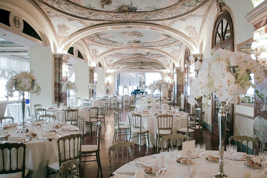 Hotel Victoria, Sorrento - An impressive 5* hotel in the very heart of Sorrento. Large frescoed rooms and Italian style can be found in abundance at Hotel Victoria.Read More...