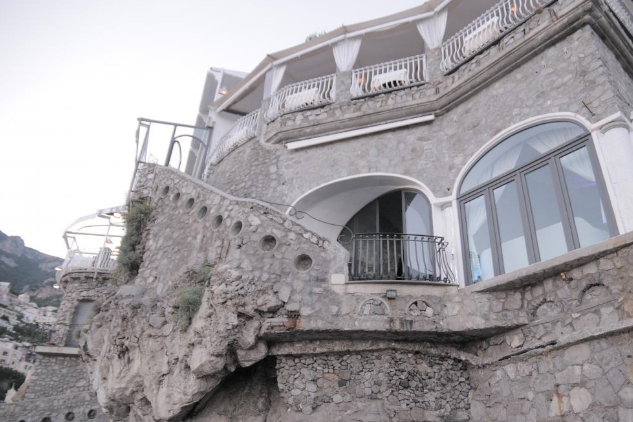 Ristorante Marco, Positano - A chic, cliff-face restaurant on the beach of Positano. Ristorante Marco is suited for parties of up to 60.Read More...