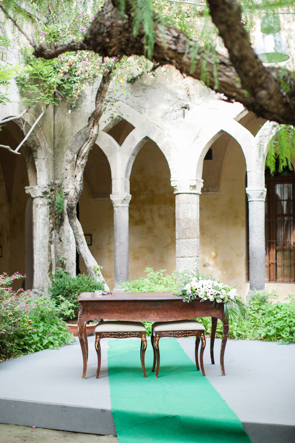 Sorrento Cloister wedding
