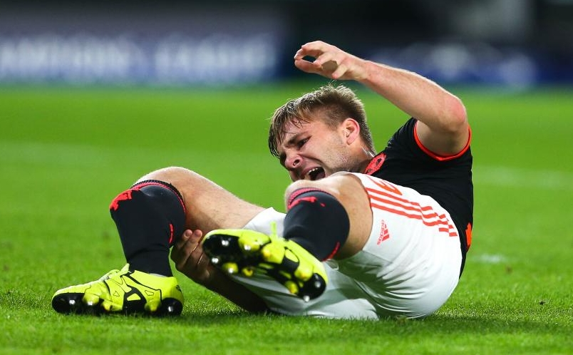 luke-shaw-15-09-2015-psv-eindhoven---manchester-united-champions-league-20150915231243-6267.jpg
