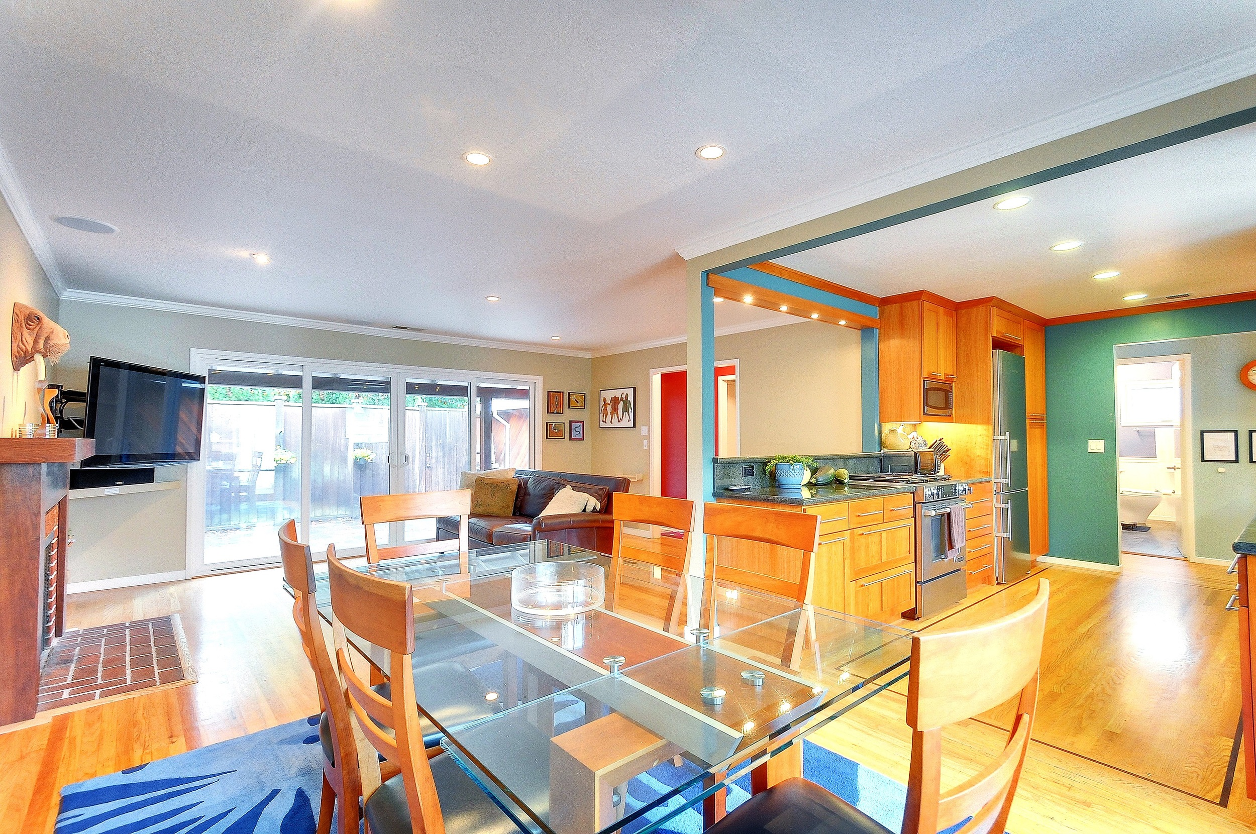 SOLD:  153 Bay Rd, Menlo Park  Fully updated home with many high-end amenities  Offered at $1,849,000