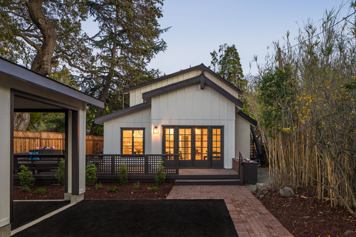 SOLD:  833 La Para Ave, Palo Alto  Elegant farmhouse style renovation in Barron Park  Offered at $2,649,000 - represented buyer