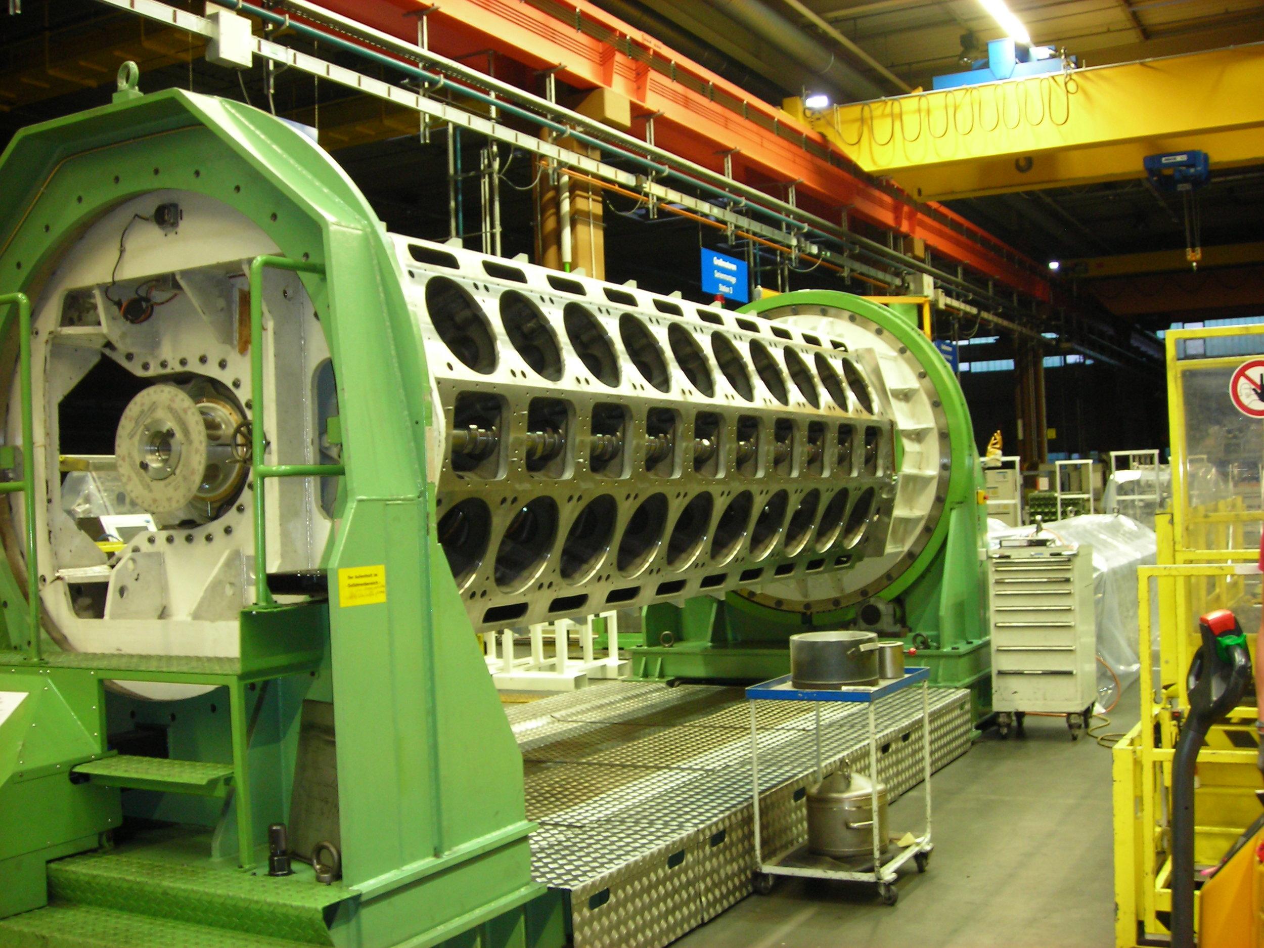 MTU series 8000 Cylinder block
