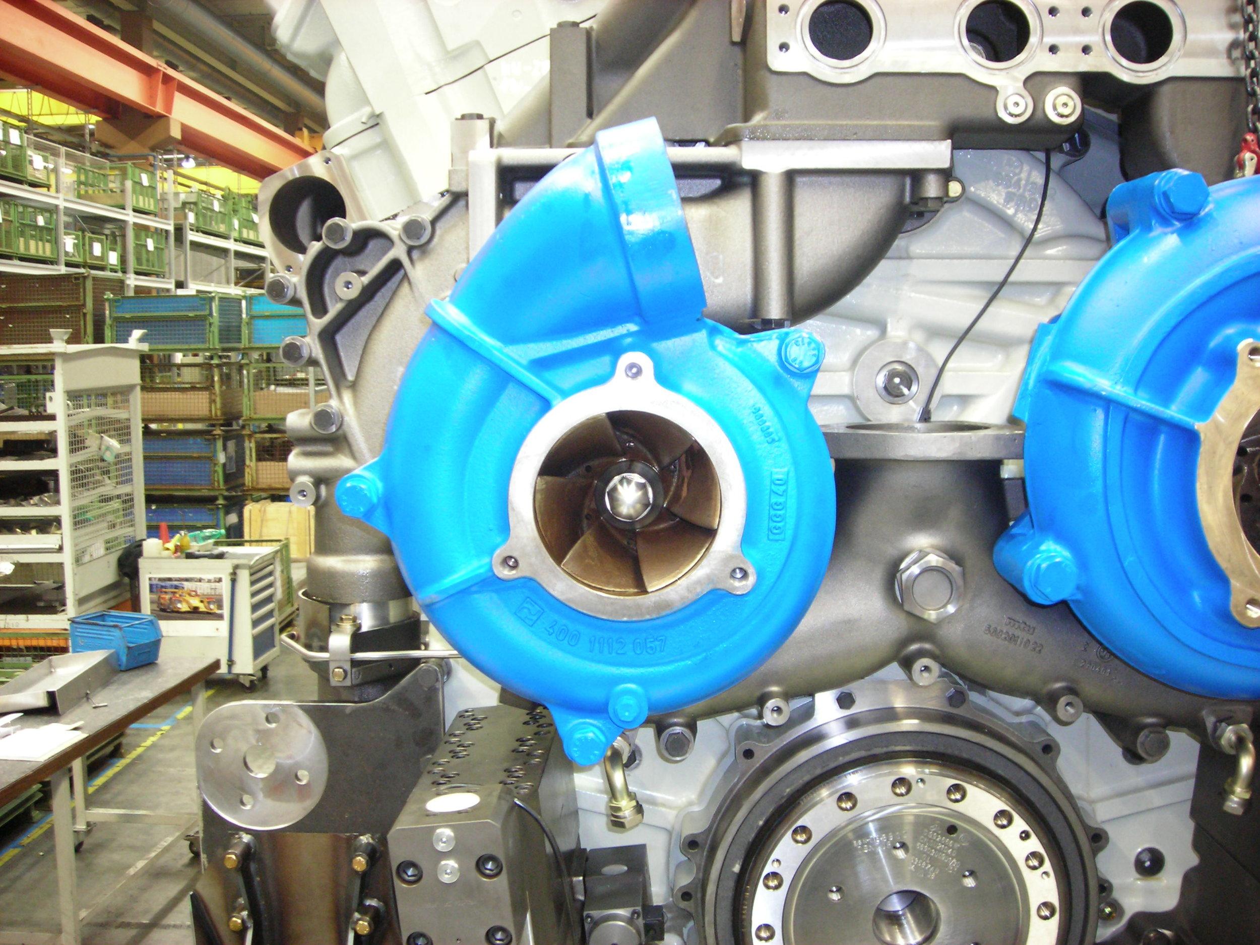 MTU series 8000 water pumps installation