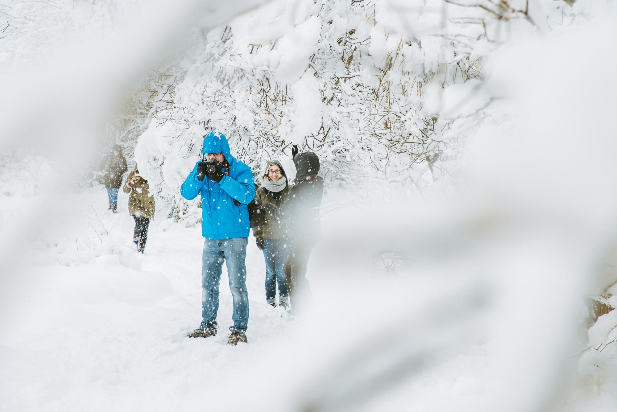 haciendo-fotos-en-la-nieve.jpg