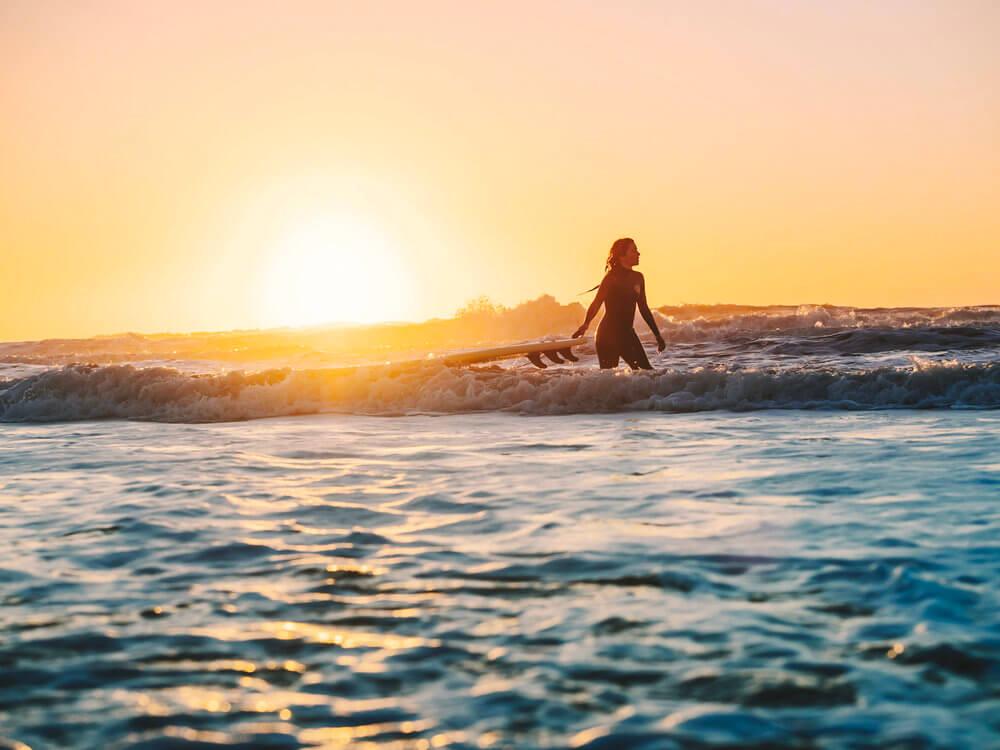 Surf al atardecer en Essaouira | Foto: Álvaro Sanz
