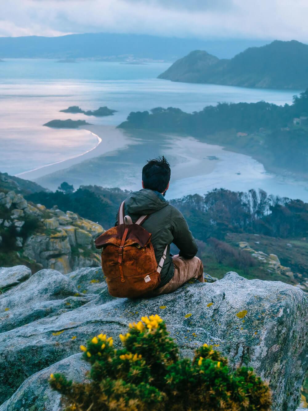 Desniveles y precipicios de las islas Cíes | Foto: Álvaro Sanz