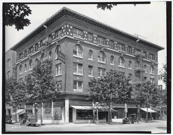Hotel Clayton 1926.jpg
