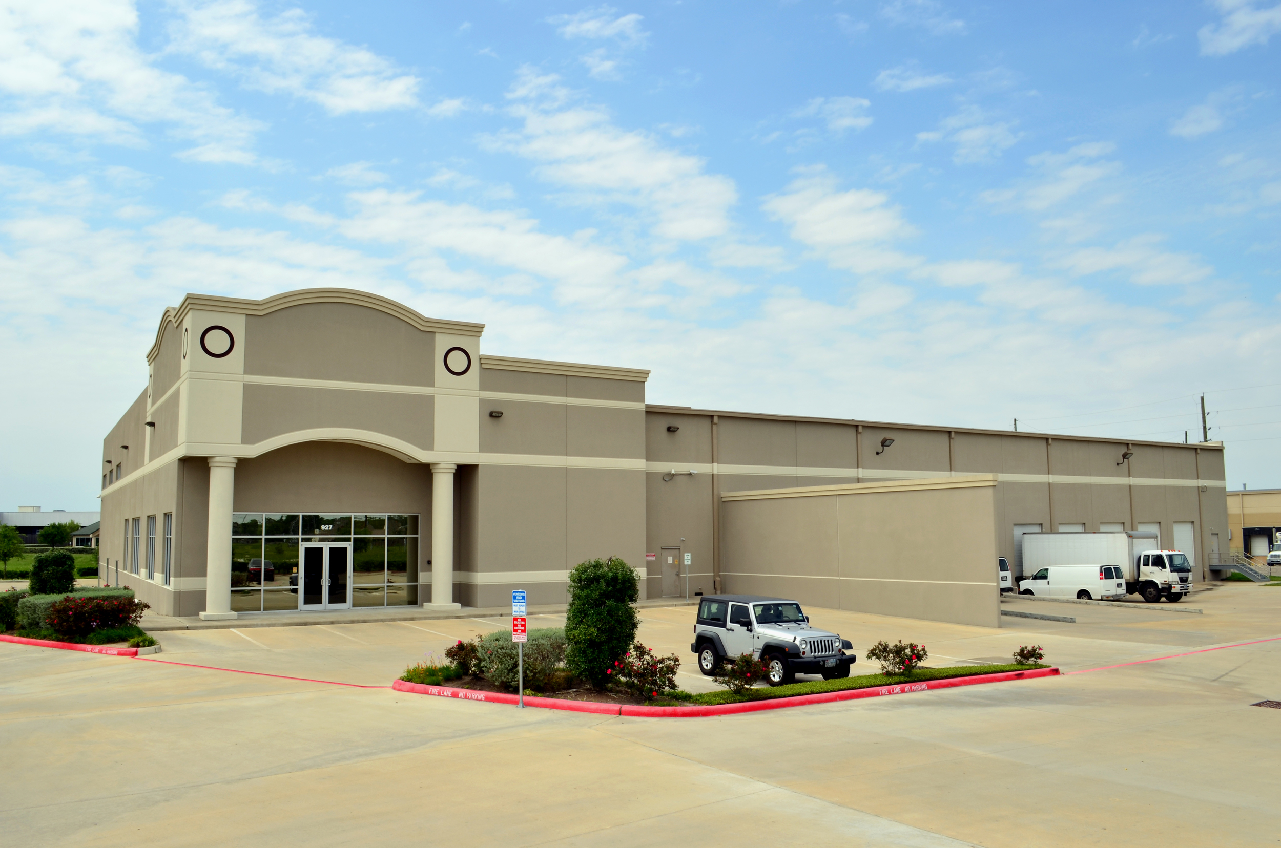 Sunrise Natural Foods. Project designed and managed by Oscar Valdez working at Haynes Whaley Associates