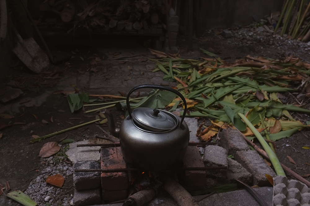 Cooking rice in the outdoor.