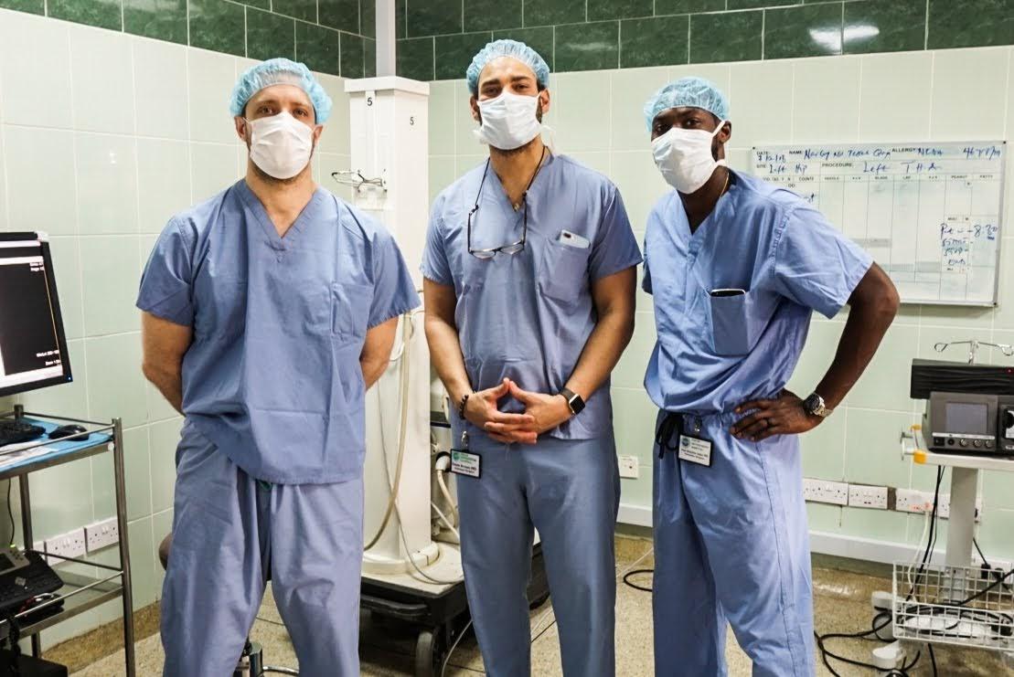 us surgeons volunteer15.jpeg