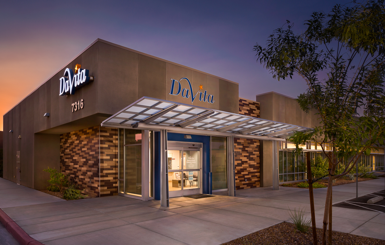 Davita Dialysis, Las Vegas, NV. Daniel S. Amster (Dakem & Associates, LLC), architect.