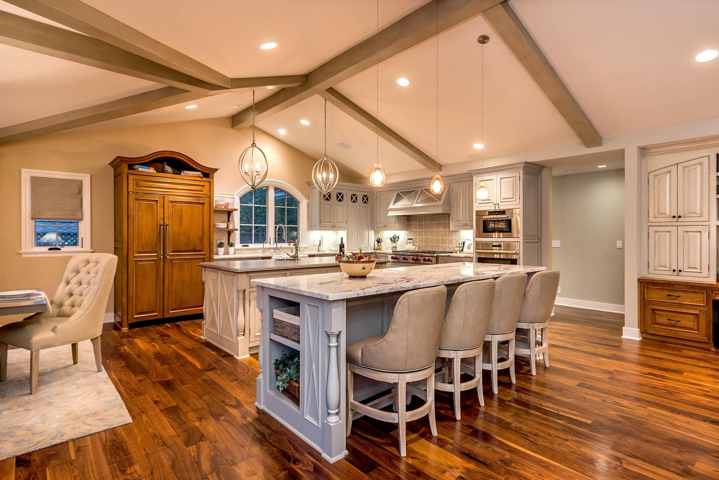 traditional-kitchen-3.jpg