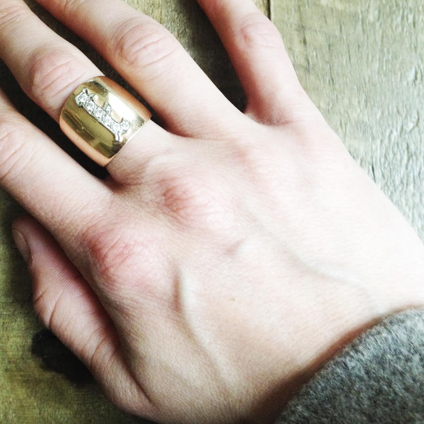 Grandma Isabel's Ring |  Photo: Eva Deitch