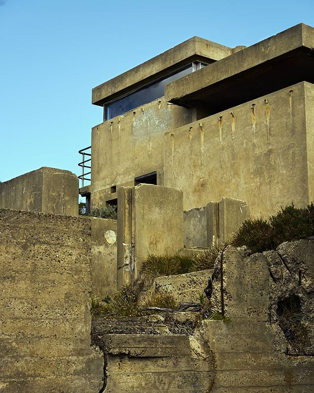 Seaside and brutalist. #anzac #anzacday #respect #morningtonpeninsula #australia #melbourne #fort #military #militaryhistory
