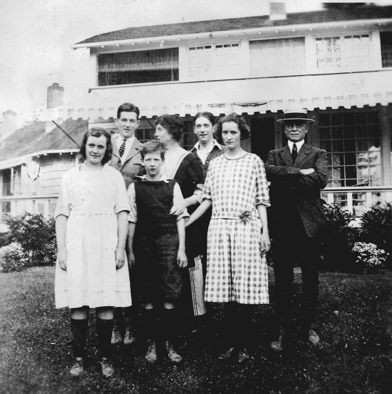 The Dunn Family circa 1920