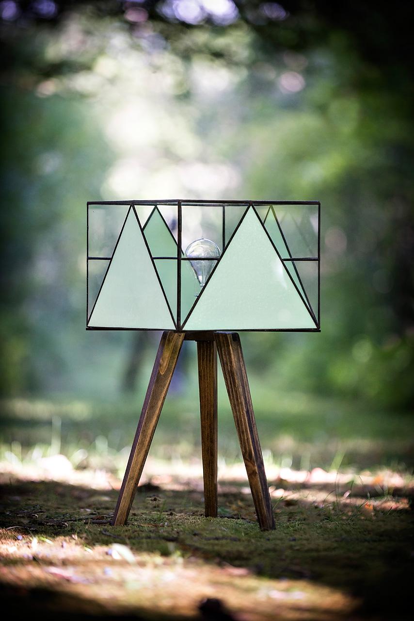 Tripod Lamp 1.jpg