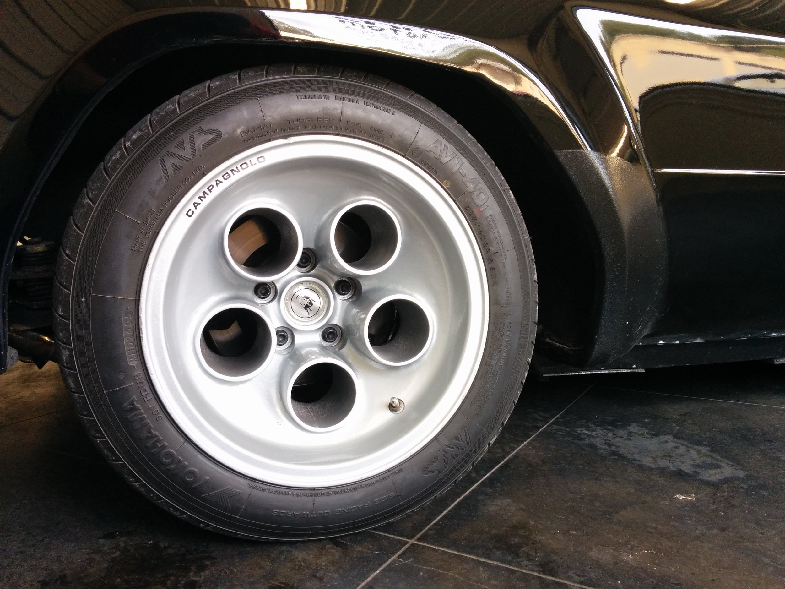 The recessed logo makes great use of the rear wheel's wider footprint.