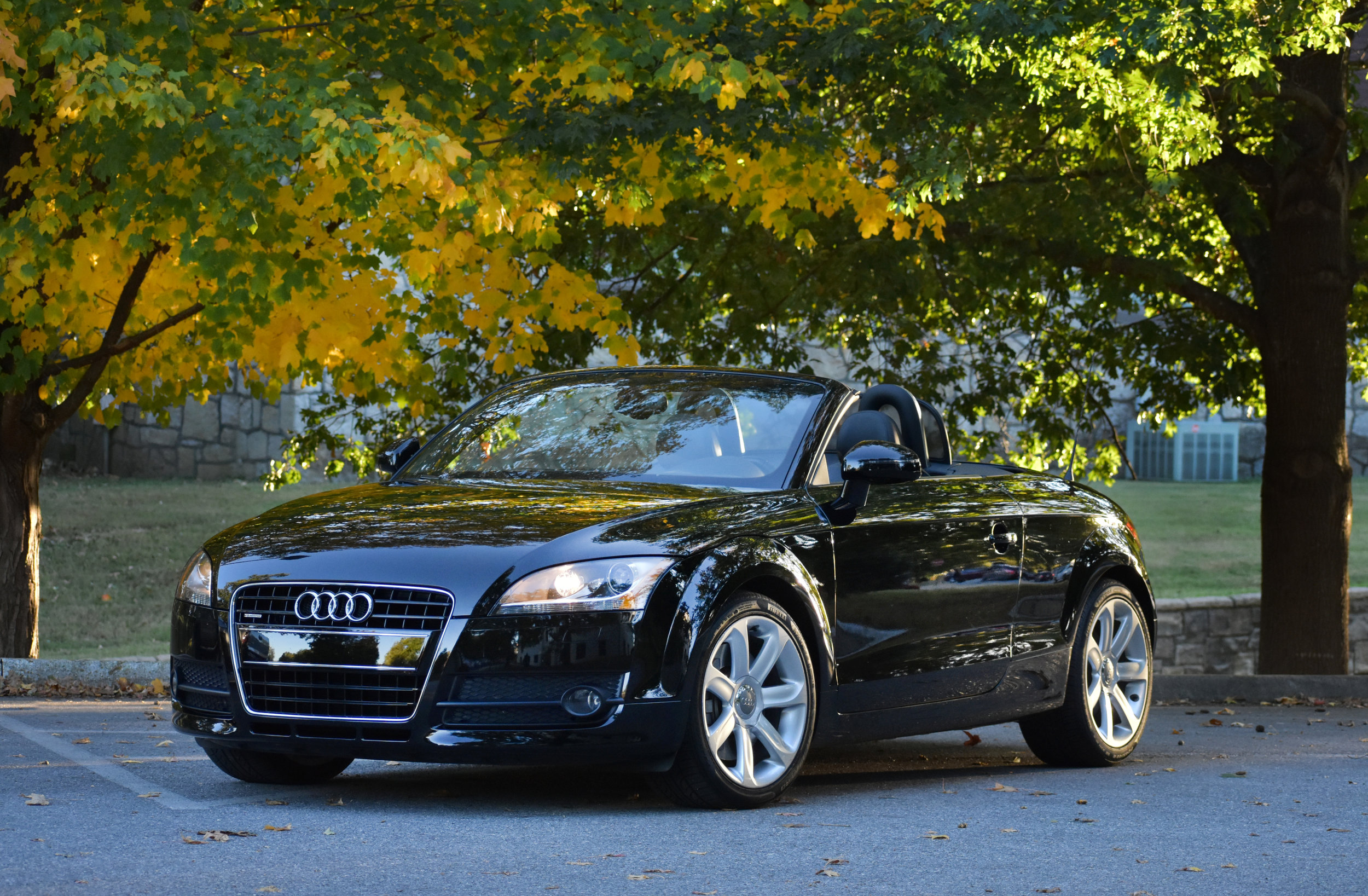 - YEAR:  2008MAKE:  AudiMODEL:  TT 3.2 QVIN:  TRURD38J781002902EXTERIOR:  BlackINTERIOR:  Black LeatherODOMETER: 5,910 miles