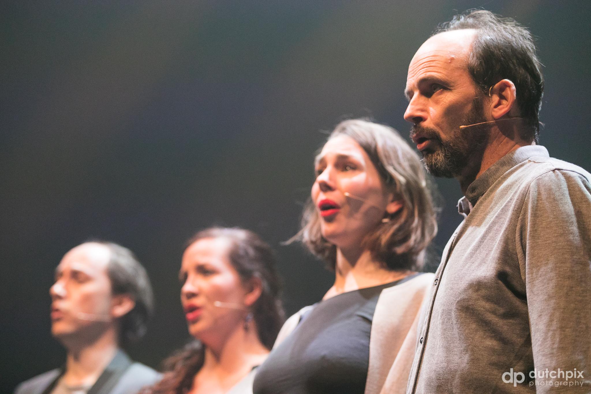 Stephan Adriaens (tenor), Jeannette van Schaik (soprano), Merlijn Runia (alto), Marc Pantus (bass)